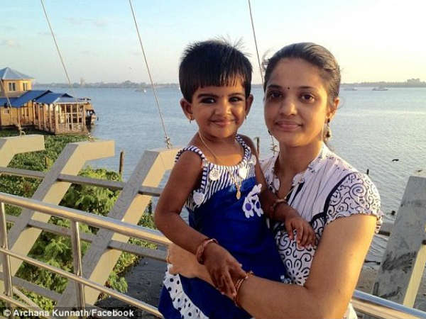 Indian Woman Commmits Suicide With Daughter Sydney