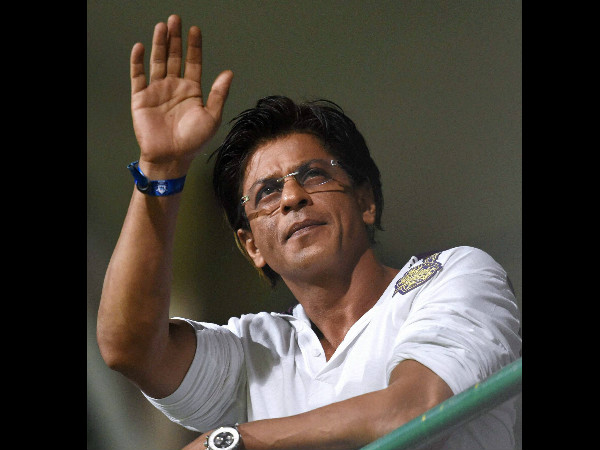 Shah Rukh Khan thanks KKR cheerleaders for their support
