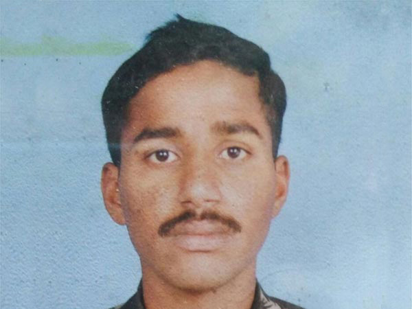 HD Kote waiting for Siachen martyr Mahesh body