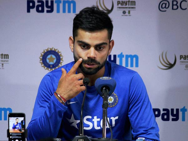 Watch video: Virat Kohli sings 'jo waada kiya wo nibhana padega'