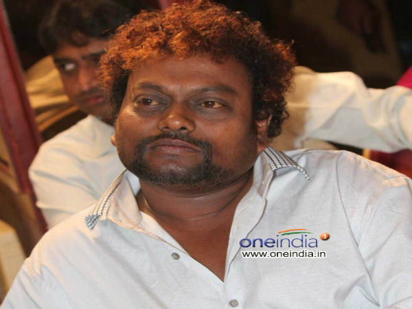 What says sandalwood actor Sadhu kokila about Father Chasara