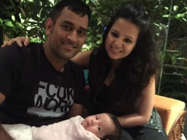 WC T20: Sakshi Dhoni is worried about Ziva's sleep as India beat Pakistan