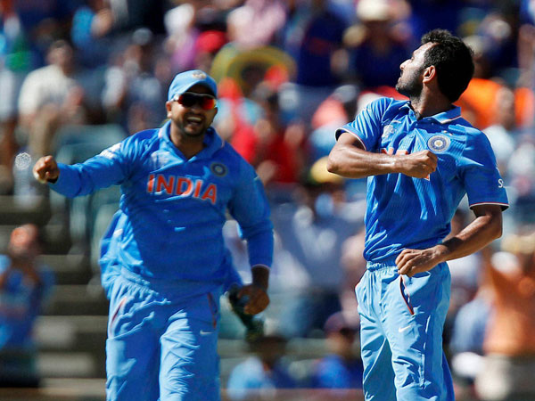 Difficult to bring in Mohammed Shami in place of Nehra or Bumrah: MS Dhoni