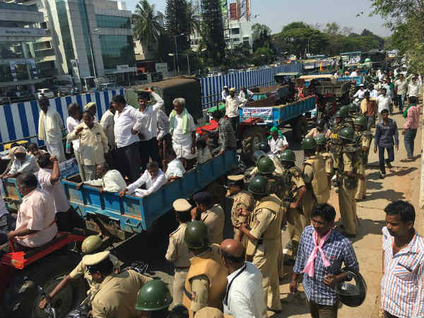 Siddaramaiah Government Lathi charge on Farmers spoof article