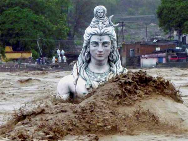 Honeymoon Goers Responsible For Kedarnath Floods Shankaracharya