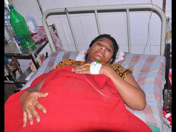 Hassan : A Woman gives birth to a 7.5 kilogram baby girl, both mother and baby are fine.