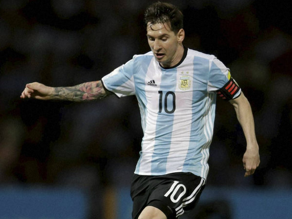 Lionel Messi revokes retirement decision, to continue playing for Argentina