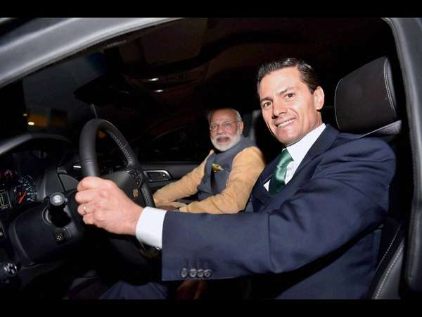 Modi in Mexico: Enrique Pena drives PM to a restaurant India For NSG