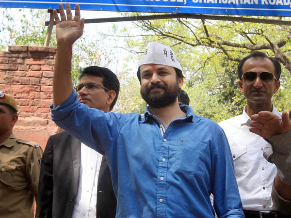 AAP leader Ashish Khetan booked for hurting religious sentiments