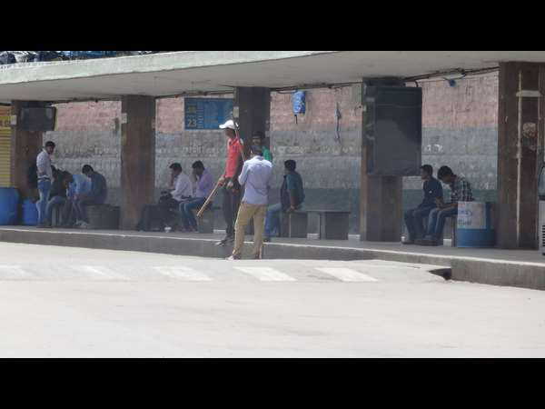 KSRTC BMTC Strike: Kempegowda bus station turns cricket stadium.