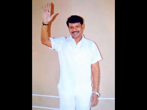 Rakesh Siddaramaiah S Last Rites Will Held T Katuru Farm House