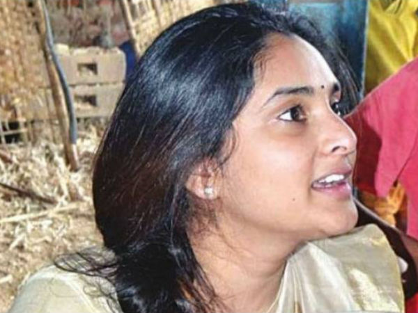 Actress Ramya trolled at Mandya vegetable market