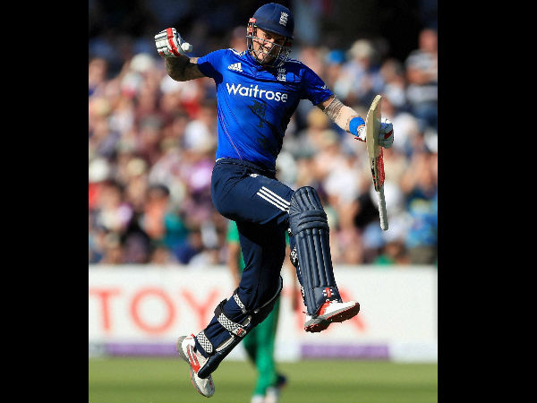 England post record 444/3 against Pakistan