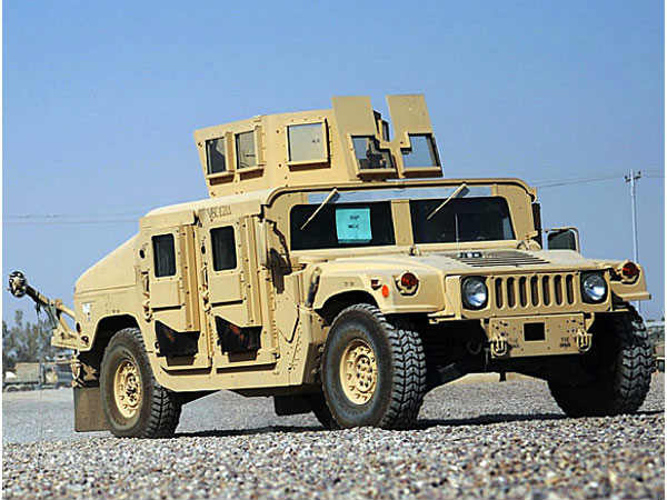 Article on Humvee Military light Truck war vehicle of USA