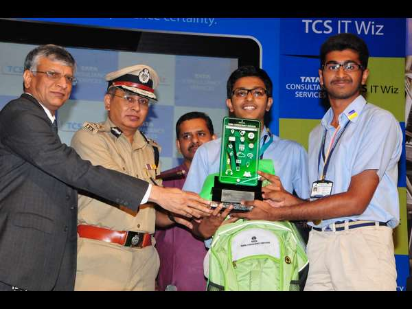 Presidency schools win TCS IT Wiz 2016 – Bengaluru edition