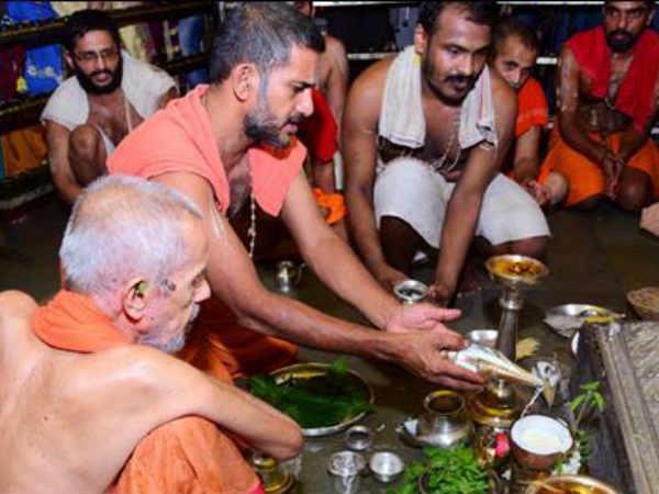 ಉಡುಪಿ ಕೃಷ್ಣ ಮಠದಲ್ಲಿ 30 ಸಾವಿರ ಮಂದಿಗೆ ಅನ್ನ ಸಂತರ್ಪಣೆ