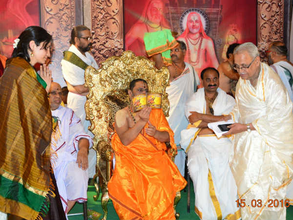 Devotional Songs On Raghavendra Swamy By Gv Kulkarni