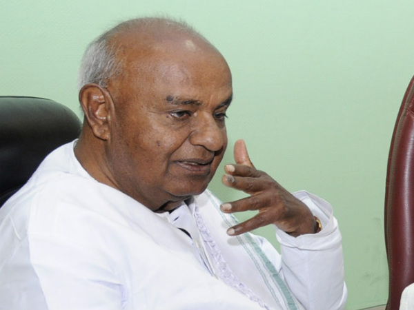 Cauvery Dispute: HD Deve Gowda sheds tears again