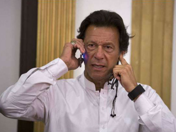I will show Nawaz how to respond to Modi: Imran