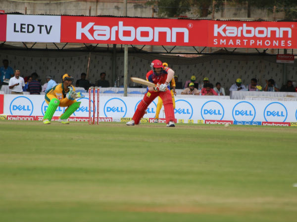 KPL 2016: Mayank and Vinay hand Belagavi Panthers easy winMayank Agarwal and Vinay Kumar stitched together an 81-run partnership off 65 balls to make light work of the 126-run target as Belagavi Panthers beat Namma Shivamogga by 8 wickets in the 5th edition of the Karnataka Premier League (KPL) Twenty20 tournament