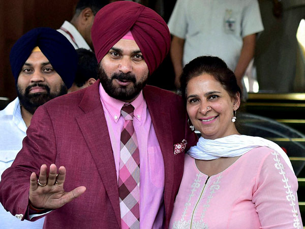 Navjot Singh Sidhu and wife Navjot Kaur formally quit BJP