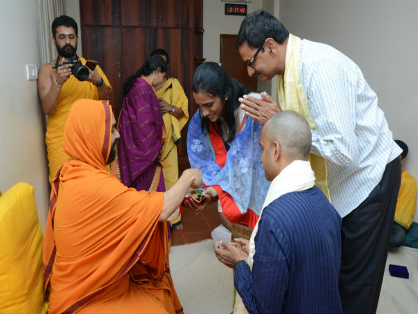 Olympics Silver Medal winner P V Sindhu and her coach Gopichand visited Ramachandrapura Math