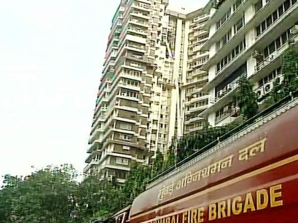 Mumbai: Two dead in fire at Maker Tower