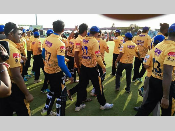 Chethan William blasts Hubli Tigers into KPL 2016 final