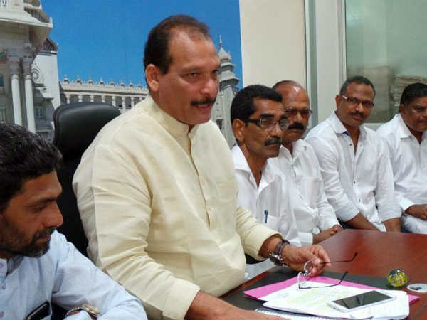 Mangaluru: After opposition by Hindu outfits, Ivan changes venue for Diwali celebration