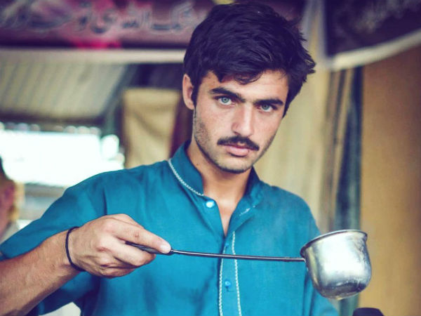 Islamabad tea seller