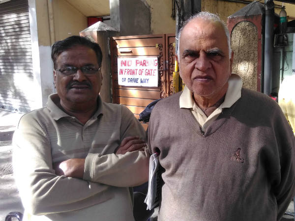 Two senior citizen voice of akrosh divas