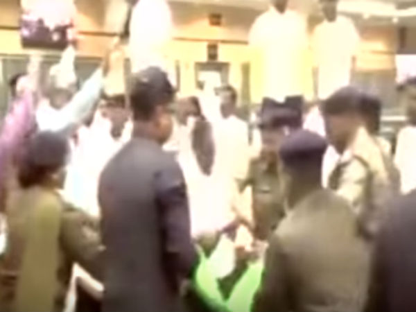 Jharkhand : Shoe hurled at assembly speaker in assembly