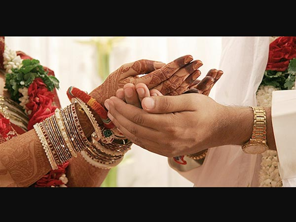 Notes ban: Weddings take a hit