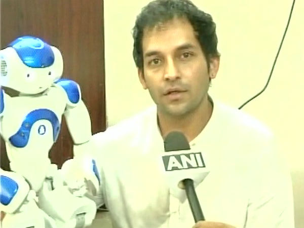 Coimbatore engineer designs humanoid robot to help out people in banks