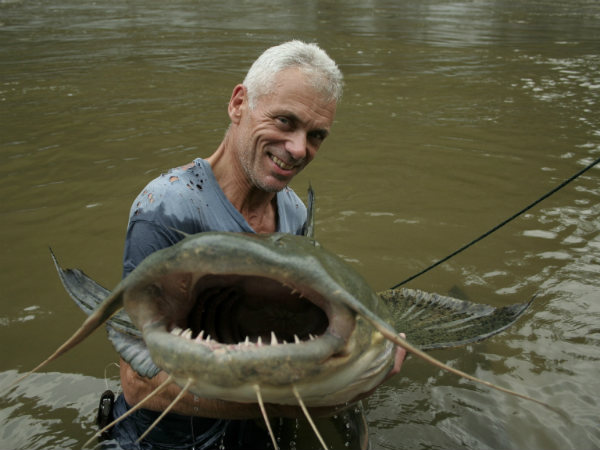 River Monsters December series in Discovery channel