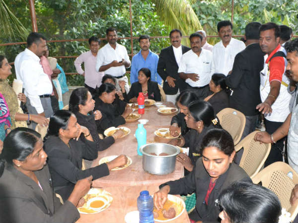 Ragi Mudde eating competition for Mandya Advocates