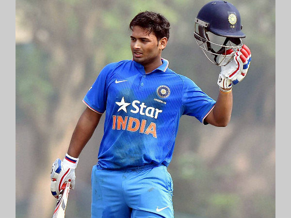 "Rishabh Pant signs ""mutli-crore deal"" with cricket equipment manufacturers SG"