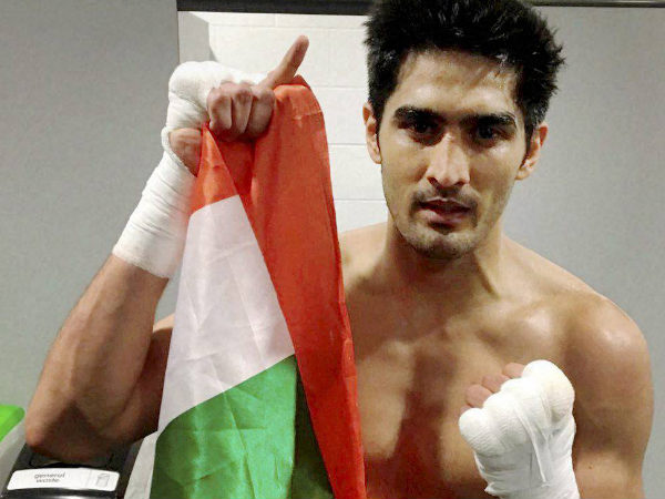 Vijender Singh takes less than 10 minutes to retain WBO Asia Pacific title