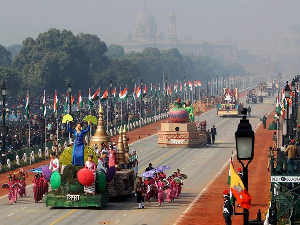 Forget terrorists, birds pose greater risk to Republic Day celebrations
