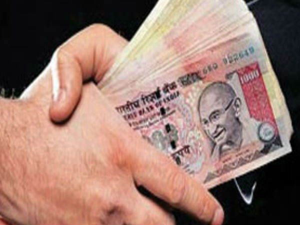 Village accountant, Revenue inspector trapped by ACB