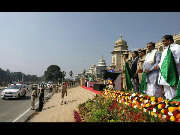 CM Siddaramaiah inaugurate the 100 High-Tech Highway Patrol Vehicles