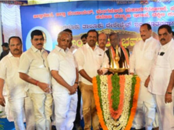 ರಾಜ್ಯದಲ್ಲಿ 300 ಹೊಸ ವಸತಿ ಶಾಲೆಗೆ ಚಿಂತನೆ: ಆಂಜನೇಯ