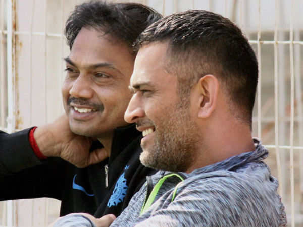 Reports says BCCI asked Dhoni to quit captaincy