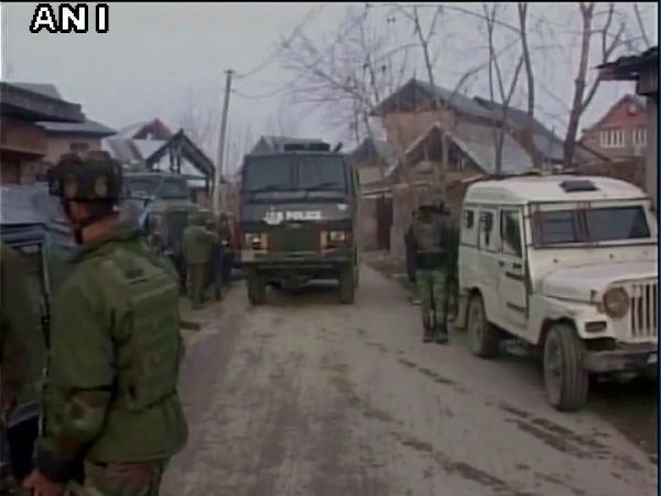 2 army personnel injured during encounter at Bandipora, Jammu and Kashmir