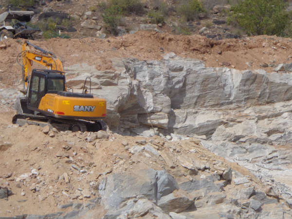 Illegal mining in Bandipur forest area