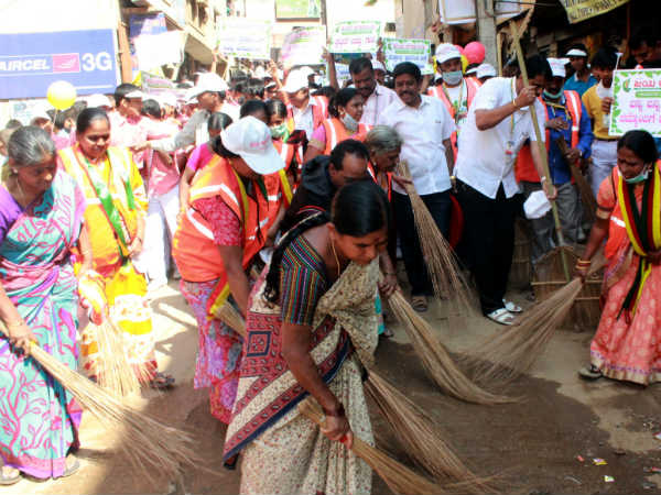 Organizations started 100 days Clean-up campaign in Bengaluru