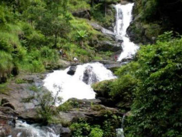 Holy Bath In Irpu Falls On Shivaratri Next Day Believes To Be Fulfil All Wishes