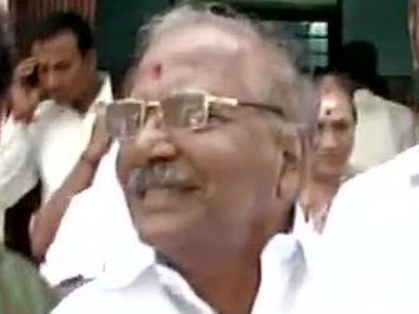 AIADMK removes president and expels E.Madusudhan