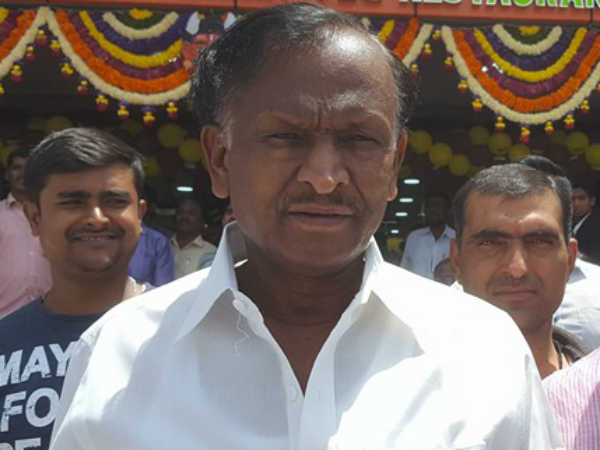 IT detects huge wealth in Hoskote Congress MLA MTB Nagaraj's house