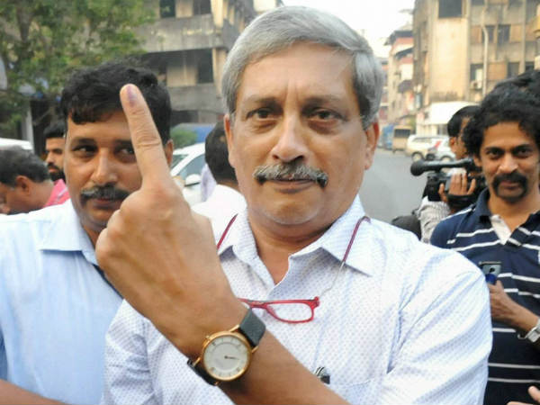 Manohar Parrikar, JJ Singh Cast Their Votes As Polls Begin In Goa, Punjab